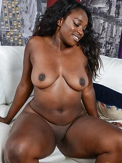 Black Mom Pussy Pics